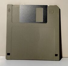 100 Floppy Disks DS/HD. New IBM Formatted Diskettes 1.44 MB. Color: Gray