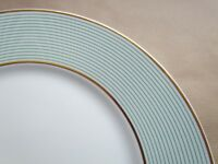 """RAYNAUD LIMOGES MILLE RAIES CRINOLINE GREEN 10¾"""" DINNER PLATES - UNUSED(Ref4033)"""