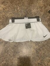 nike womens Tennis short and skirt Size small