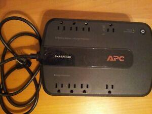 APC Back-UPS 550 Battery Backup Surge Protection 8 Outlet BE550G 550VA 120V 330W