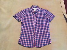 Mens Abercrombie and Fitch Casual Short Sleeve Shirt Size Small Muscle Fit.