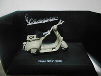 VESPA 125 U 1953 NEW RAY 1/32