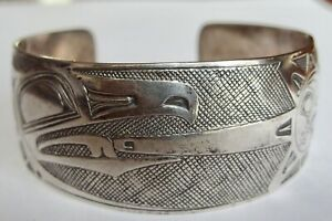 WEST EARTH SIGNED DD NORTHWEST COAST RAVEN AND SUN LARGE CUFF BRACELET