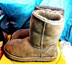 Ugg Australia Classic Short 5825 Grey Boots Womens Size 11