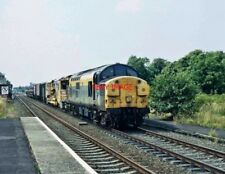 PHOTO  CLASS 37 LOCO NO   37049 P.W. TRAIN AT SPALDING 1.7.94