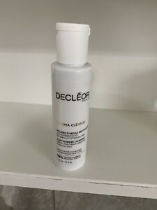 Decleo Aroma Cleanse Clay Powder Cleanser 41g
