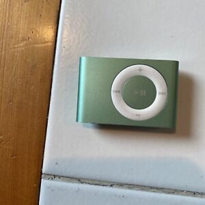Apple iPod Shuffle 2nd Generation 1GB Green With Charging Dock