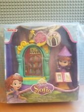 JOB LOT OF 2 DISNEY SOFIA PLAYSETS / MAGIC LAB / ROYAL PREP ART CLASS /BNIB NEW!