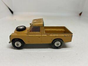 Corgi Toys 438 Land Rover 109 WB