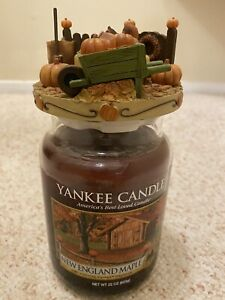 Our America by Yankee Candle Topper Capper Fall Autumn Pumpkins Squirrel Leaves