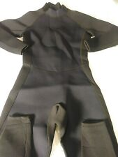 New Without Tags Adult Wetsuit, Neoprene/Nylon Size Large, Black/Navy