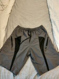 Santic Mens Size Large Gray Padded Cargo Shorts Bike Cycling Shorts