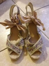 Ladies shoes size 7 wedge. Pare Gabia. Brand new with tag, floral print