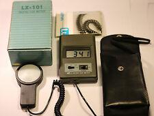Lutron LX-101 Lux Medidor Digital Lt (tipo portátil rango amplio)
