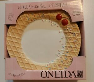"Oneida Set of 4 We All Scream Waffle Textured 8"" Dessert Plates"