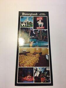 """Vintage SAGA Motel Postcard, """"Disneyland Across The Street"""", 1983"""
