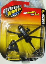 2011 MAISTO TAILWINDS US ARMY UH-60A BLACKHAWK ATTACK HELICOPTER