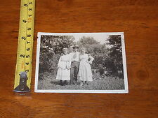 POSTCARD REAL PHOTO RPPC FAMILY BIG TIE VICTORIAN CLOTHING OLD SUIT MAN LADIES