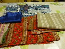 grand lot de tissus  bleus ,rouges vintages , housse de coussin toile  matelas