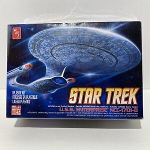 AMT 1/2500 Star Trek USS Enterprise NCC-1701-D Snap tite Plastic Kit Box Damage