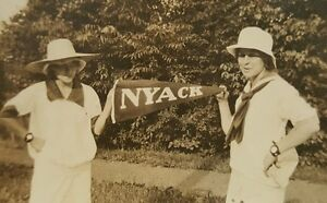 ANTIQUE VINTAGE WELCOME TO NYACK NY GIRLS PENNANT SIGN VERNACULAR SUMMER PHOTO
