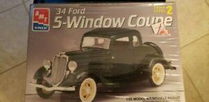 Vintage AMT Ertl Model Kit 34 Ford 5-Window Coupe  1/25 PLASTIC Model Car Kit