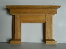 (HP25) DOLLS HOUSE WOODEN FIREPLACE SURROUND
