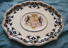 Petit plat allongé faience Gien avec blason centrale,marque exportation 1875(1).