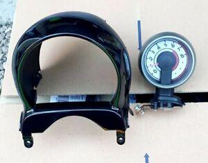 TOYOTA AYGO PEUGEOT 107 OR CITROEN C1 REV COUNTER & GLOSS BLACK SPEEDO SURROUND