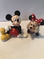 Disney Salt and Pepper Shaker Mickey Loves Minnie Mouse Sitting S&P Set New