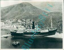More details for 1962 hong kong panama  registered steamer haije runs aground typhoon wanda