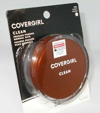 COVERGIRL Clean Pressed Powder  IVORY 105 New In Package