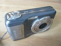 Fujifilm FinePix A Series A860 8.1 MP - Digital Camara - Gris