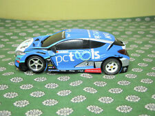 1/32  voiture de circuit   NINCO  renault  sport