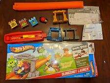 """Hot Wheels Angry Birds Slingshot Launch Track Set Die cast Exclusive """"Red"""" Car"""