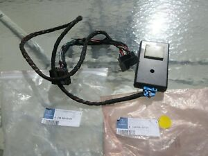 Genuine Mercedes-Benz Sirius Satellite Radio Control Module for 08-14 W204 PB