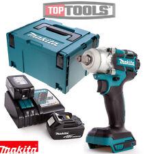 Makita DTW285Z 18 V Sans Balais Clé à chocs + 2 x 5Ah batteries, chargeur et étui