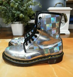 DR MARTENS Silver - Made In England - SIZE UK 4