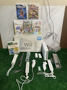 wii sports system bundle with games controllers wires box TESTED WORKING
