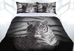 Blue Eyes Stripe Quilt Cover Queen 210 x 210 cm