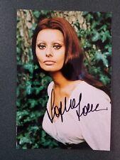 Sophia Loren signed photo - JSA COA - pose 70