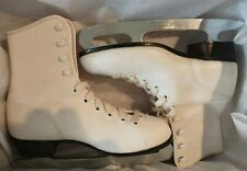 New listing Vintage North Bay Ice Skates  Size 6  Excellent Condition with Original Box