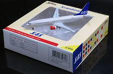 SAS Scandinavian Airlines B737-800 Reg:LN-RRW Scale 1:400 Diecast      WT4738002