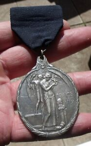 A WW1 SILVER MASONIC SILVER PEACE 1919 MEDAL, JEWEL. GAUNT LONDON.