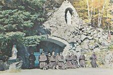 Grotte d'HUBERDEAU Apôtres de l'Amour Infini Magnificat MONT TREMBLANT Quebec
