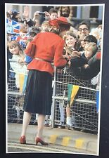 PRINCESS DIANA Sovereign Series No 52 POSTCARD Tour of Wales CROWD P028