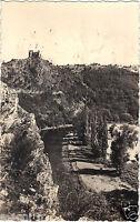 03 - cpsm -Vallée de la Sioule- Les ruines du Château-Rocher dominant les gorges