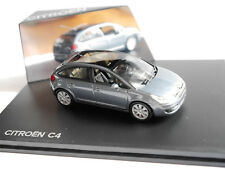 Citroen C4 (Typ L / 2004-2008) in grau grise grigio grey metallic, Norev in 1:43