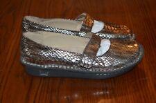 ALEGRIA Women's Feliz Clog Mary Jane Leather Snake Metallic EUR 38
