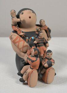 "FINE 5.25"" TERESITA ORTIZ SOUTHWEST POTTERY INDIAN STORYTELLER FOLK ART w 7 KIDS"
